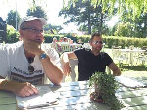 Mat på Fårö 2013, till vänster sitter Marias bror Tommy.