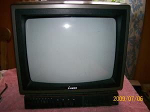 313. Luxor, television. Typ: 3351 (Type) 18033511. Nr: A 7075915. Fotonr: 100_3647
