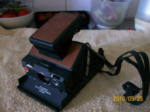 395. Polaroid, polaroidkamera. Typ: SX-70 Landcamera. Nr: Alpha. Fotnr: 100_5770