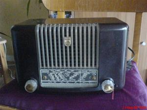 231. Philips rörmottagare. Typ: BX 221 u 79. Nr: 18067. Mobilfoto k750i nr. 057.