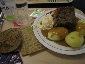 4. Dagens rätt var idag kålpudding - mums!