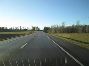 1. På väg mot Kungälv i strålande solsken och +10 grader.