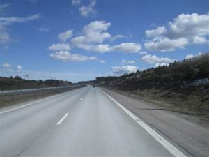 2. Strålande solsken när vi börjar vår resa mot Stockholm.